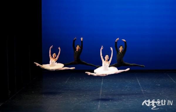 ⓒ국립발레단 안무_송정빈 Amadeus Concerto(2019)  photo by BAKi.jpg